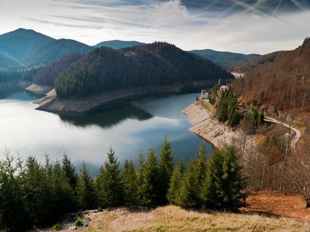 Lacul de acumulare Drăgan ( Floroiu ) - 840 m