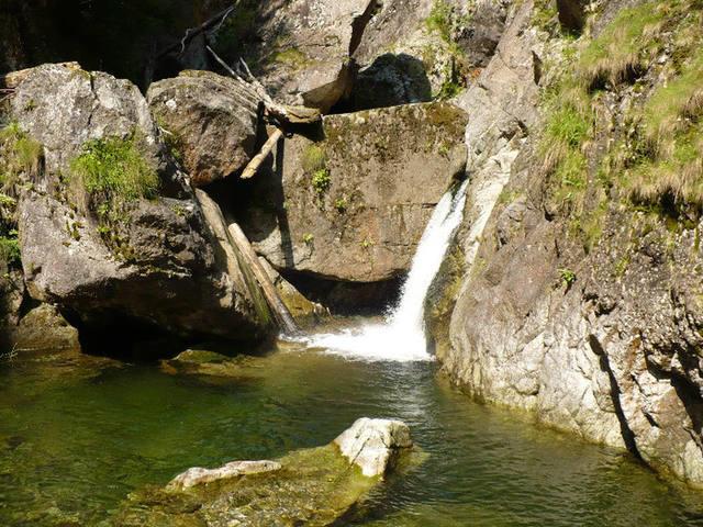 Cascada Iadolina
