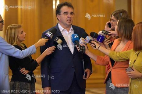 Oprişan: E decizia lui Dragnea - dacă e bărbat politic şi iubeşte PSD, trebuie să plece din funcţia de preşedinte