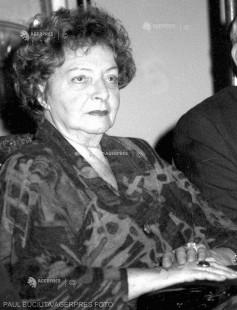 DOCUMENTAR: Zece ani de la moartea actriţei Dina Cocea
