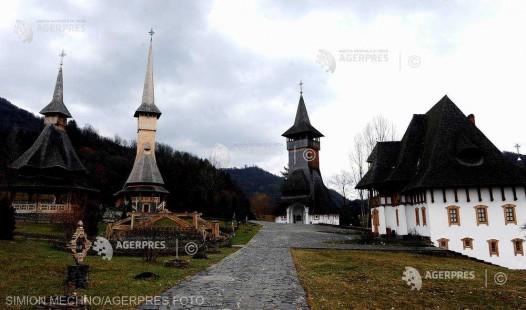 Maramureş: Turiştii preferă pensiunile din satele cu biserici vechi din lemn pentru minivacanţa de Paşte
