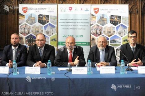 Iaşi: A fost semnat contractul pentru desemnarea staţiilor de transfer a gunoiului