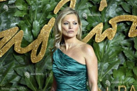 DOCUMENTAR: Top-modelul Kate Moss împlineşte 45 de ani