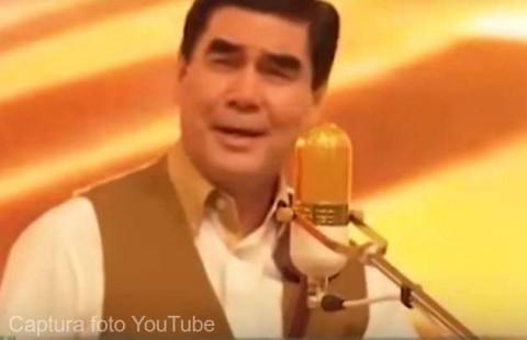 Preşedintele turkmen a compus un cântec de Anul Nou pe care îl interpretează alături de nepotul său favorit