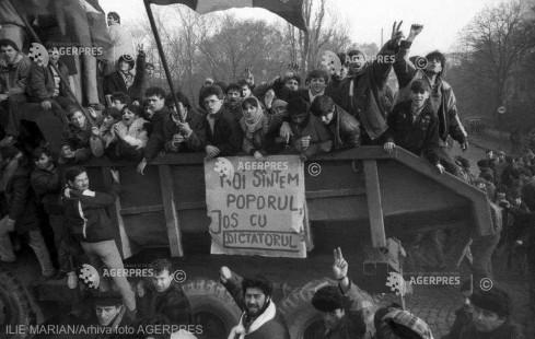 DOCUMENTAR: Revoluţia Română din Decembrie 1989