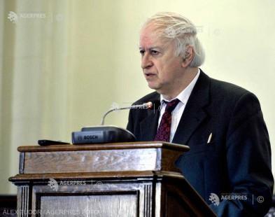 DOCUMENTAR: Academicianul Victor Spinei, istoric şi arheolog, vicepreşedinte al Academiei Române, împlineşte 75 de ani