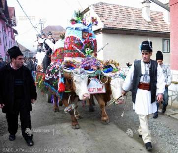 Sibiu: Udatul Ionilor, un obicei păstrat în satul Tălmăcel
