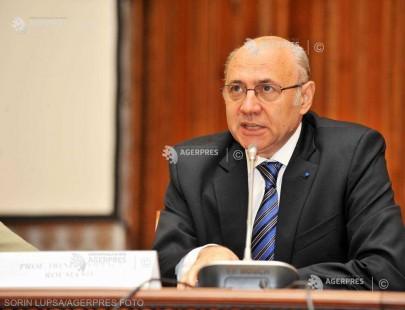 DOCUMENTAR: Prof. dr. Irinel Popescu, realizatorul primului transplant hepatic din România, împlineşte 65 de ani