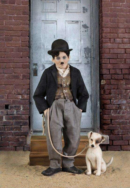 DOCUMENTAR: 130 de ani de la naşterea celebrului actor Charlie Chaplin