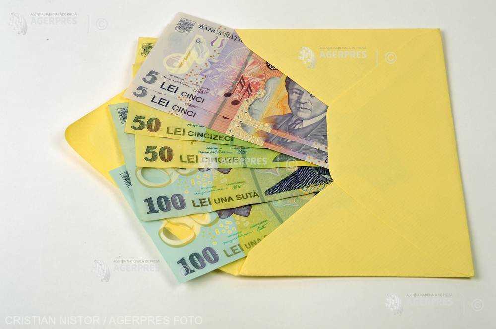 România are al treilea cel mai mic salariu minim pe economie din UE