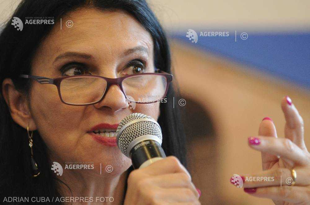 Sorina Pintea: Reorganizarea în interiorul ministerului nu şi-a atins scopul; mai pregătesc o restructurare