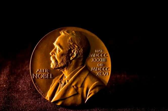 DOCUMENTAR: Premiul Nobel pentru fizică - istoric