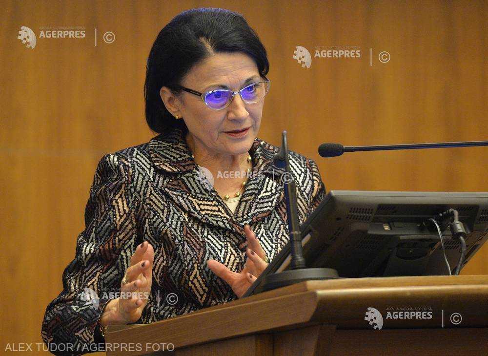 RETROSPECTIVĂ 2018 - Anul în care Ecaterina Andronescu revine în fruntea Ministerului Educaţiei Naţionale