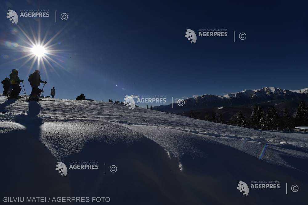Braşov: Se schiază pe toate pârtiile din Poiana Braşov; la Predeal, doar pe pârtia Clăbucet