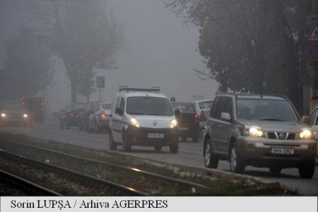Meteorologii au prelungit atenționarea de ceață emisă pentru cinci județe din Modova și Transilvania, până la ora 12:00