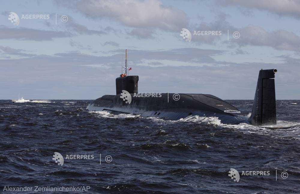 Rusia anunţă un tir reuşit cu patru rachete intercontinentale Bulava