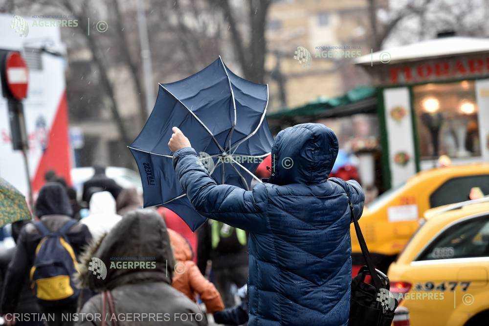 ANM: Vânt puternic în judeţele Alba şi Sibiu, până miercuri, la ora 1:00