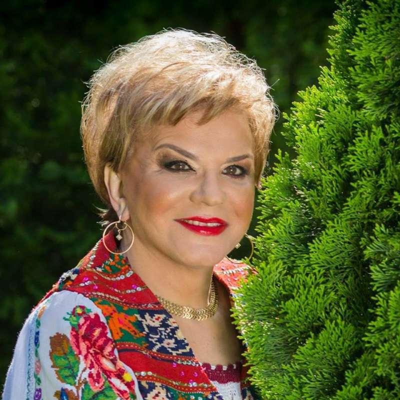 A murit cântăreaţa de muzică populară Ionela Prodan (fişă biografică)