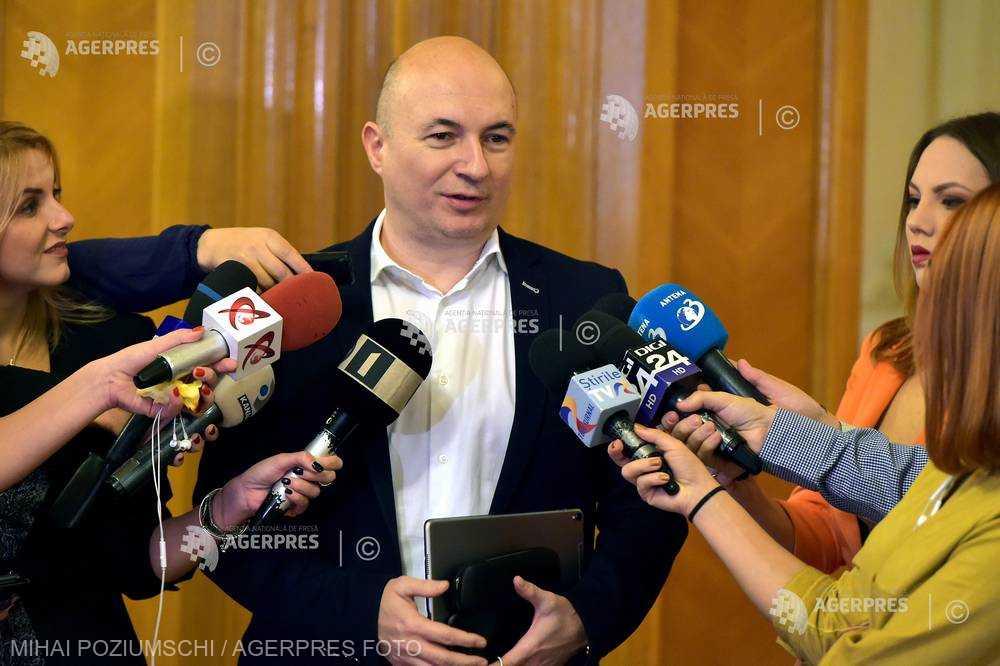 Codrin Ştefănescu îi răspunde primarului Brăilei: E nevoie de legile Justiţiei; ne-au vânat cu cătuşele în mână