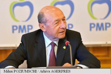 Băsescu: Anularea vizitei președintelui Iohannis în Ucraina, o mare eroare politică