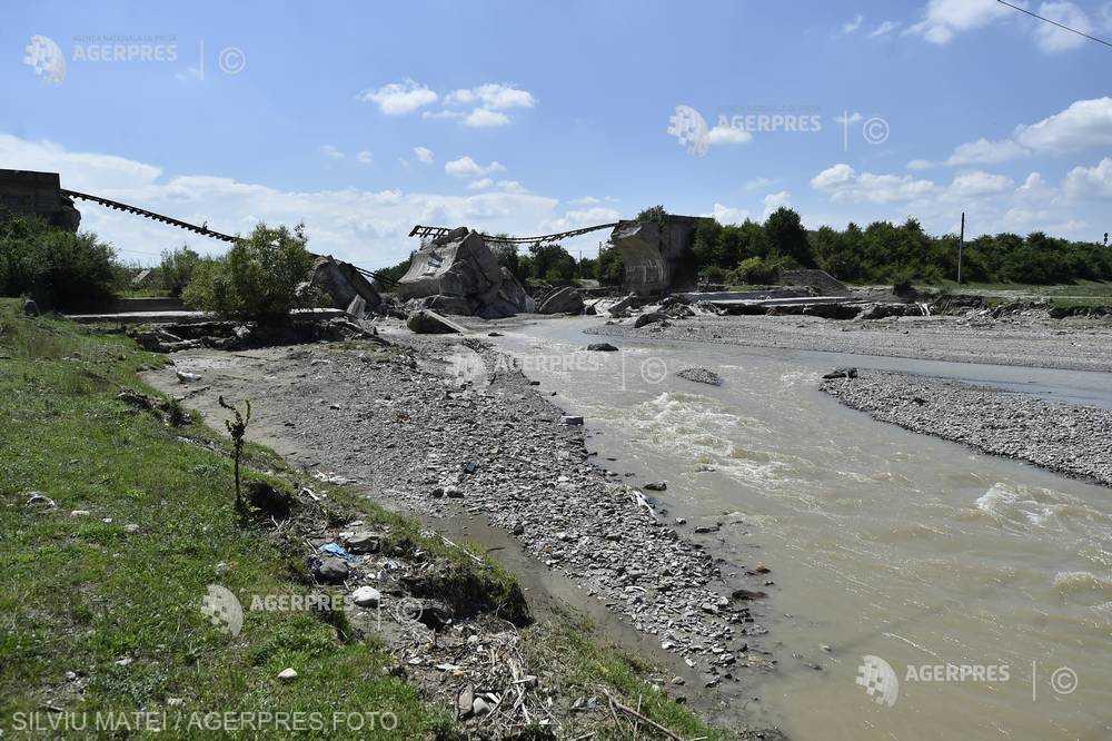 Braşov: 14 localităţi afectate de inundaţii solicită Guvernului peste 10 milioane lei pentru refacerea infrastructurii
