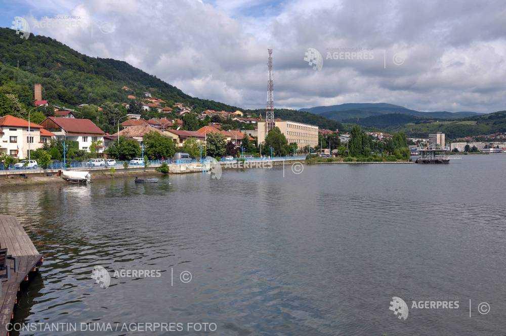Debitul Dunării se va situa sub mediile lunare în septembrie, octombrie, noiembrie; regimul hidrologic pe râuri, între 30%-100%