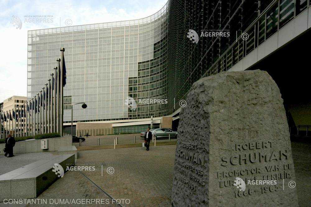 Comisia Europeană: Ajustarea alocaţiilor pentru copii nu este conformă cu legea UE şi e o problemă de