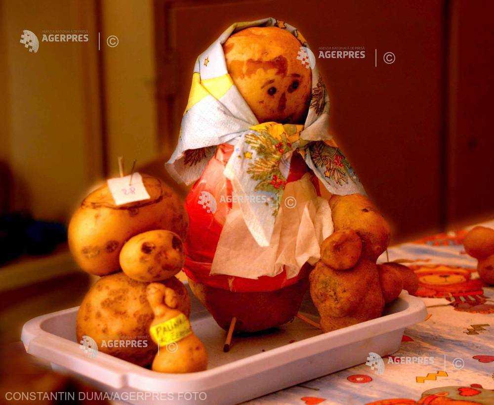 Bihor: Sărbătoarea cartofului la Şinteu, singura localitate din ţară cu populaţie aproape integral slovacă