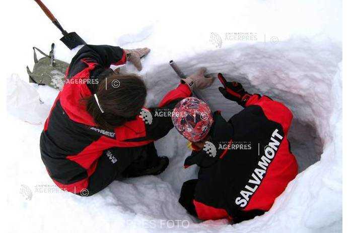 Sibiu: Risc însemnat de avalanşă în munţii Bucegi şi Făgăraş; 122 cm stratul de zăpadă la Bâlea Lac