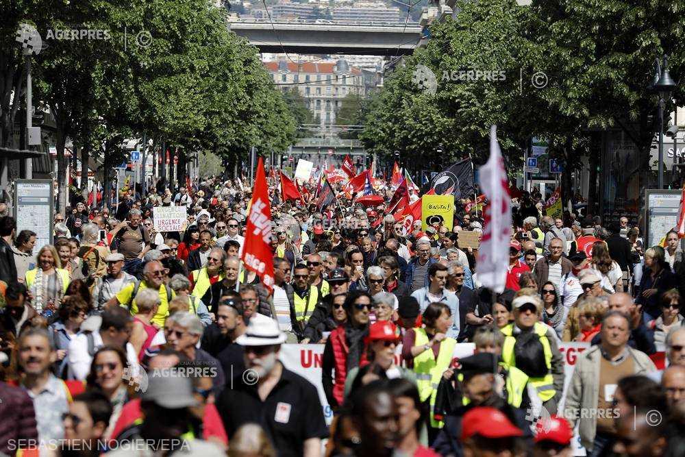 Franţa: 1.400 de actori, scriitori şi oameni de cultură îşi exprimă sprijinul pentru ''vestele galbene''