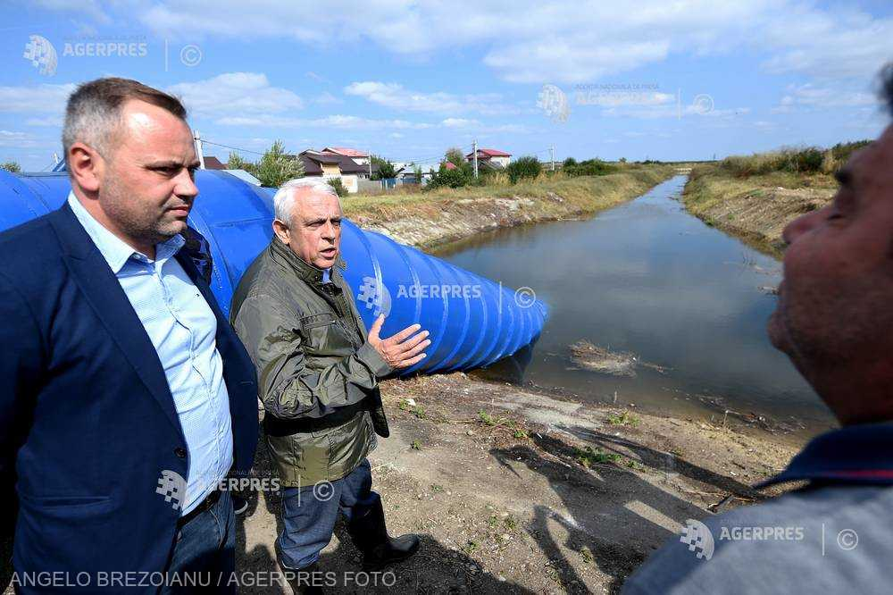 Ministrul Agriculturii: Punem în mişcare un sistem de irigaţii unde uitarea se cuibărise, iar dezordinea se instalase