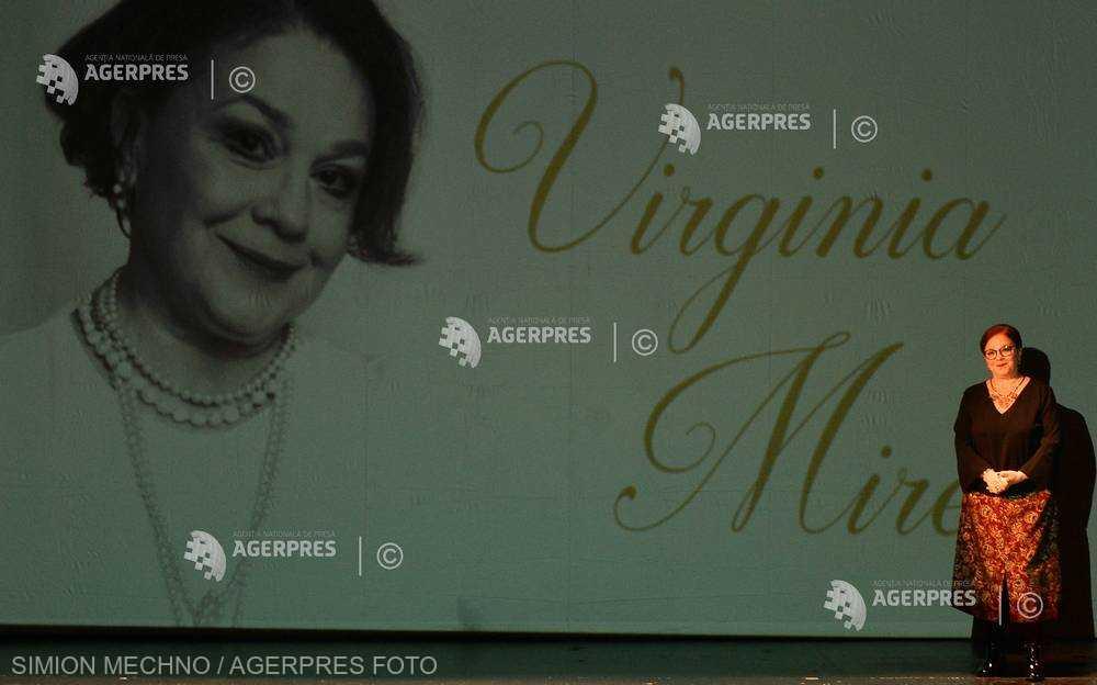 Omagiu adus actorilor Virginia Mirea şi Vladimir Găitan la aniversarea celor 58 de ani de la înfiinţarea Teatrului de Comedie