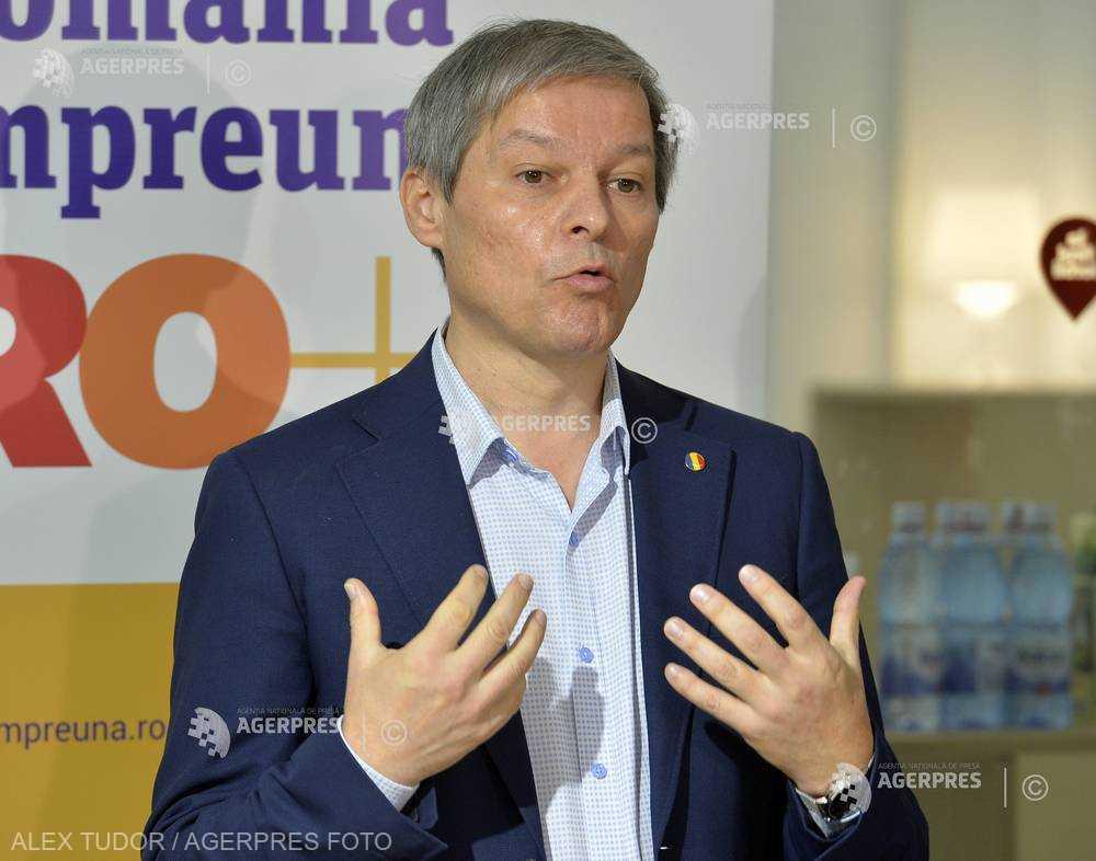 Cioloş: Candidez la europarlamentare; a fost o decizie dificilă