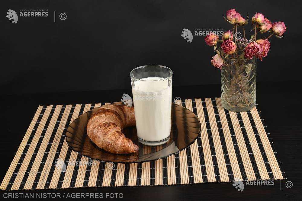 Obiceiul de a sări peste micul dejun creşte semnificativ riscul de deces asociat bolilor cardiovasculare (studiu)