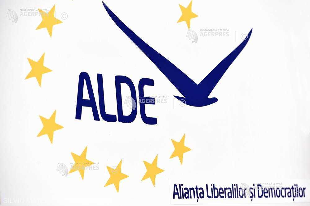 ALDE, despre referendum: Două problematici distincte înghesuite, şmechereşte, într-o singură întrebare