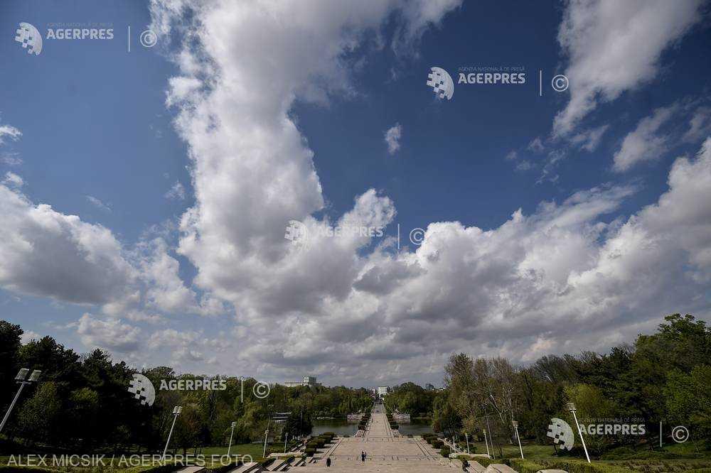 Particule de praf saharian vor ajunge deasupra României în intervalul 23 - 28 aprilie (meteorologi)