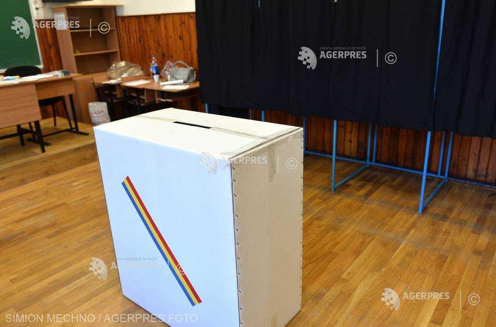 AEP: 18.937.058 de cetăţeni cu drept de vot sunt înscrişi în Registrul electoral