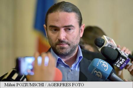Pleșoianu: O să propun invitarea la Comisia de anchetă a Elenei Udrea și a lui Traian Băsescu