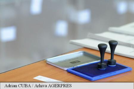 Prezența românilor la scrutinul din 11 decembrie nu va depăși pragul de 50%