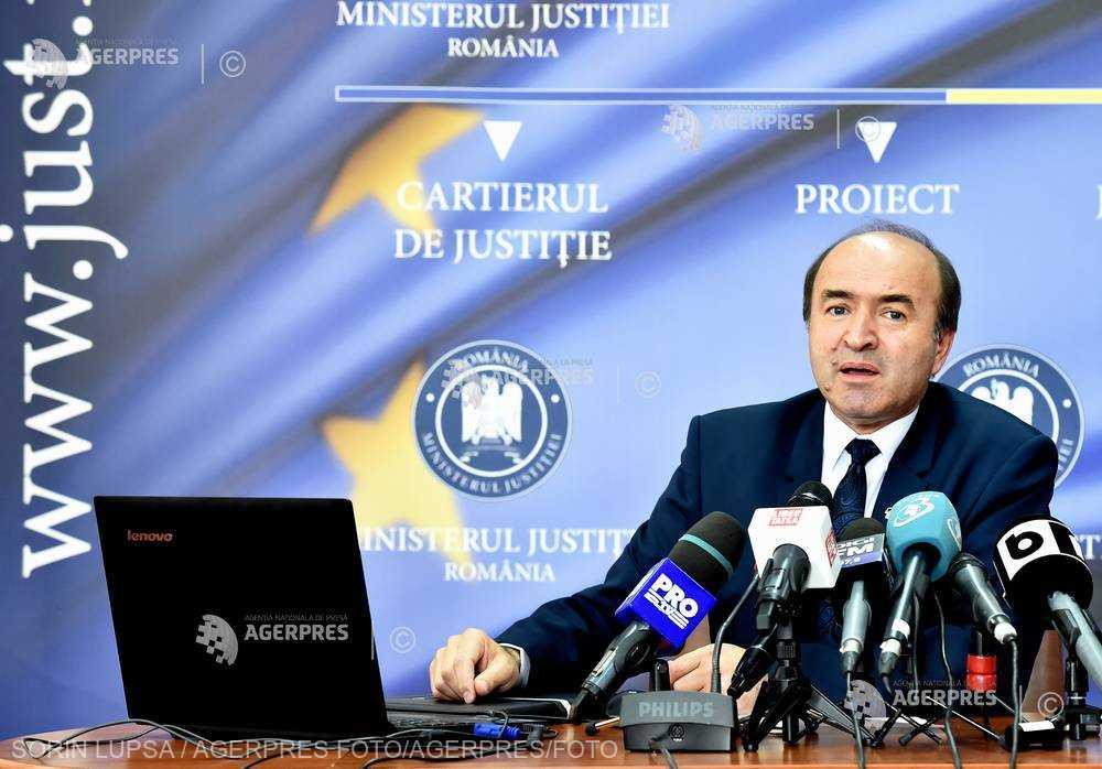 RETROSPECTIVĂ 2017 Ministerul Justiţiei - între ordonanţa 13, reducerea pedepselor deţinuţilor şi modificarea legilor Justiţiei