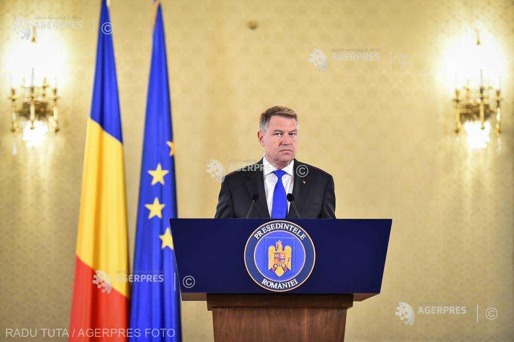 Iohannis trimite în Parlament spre reexaminare modificările aduse Legii privind autorizarea executării lucrărilor de construcţii