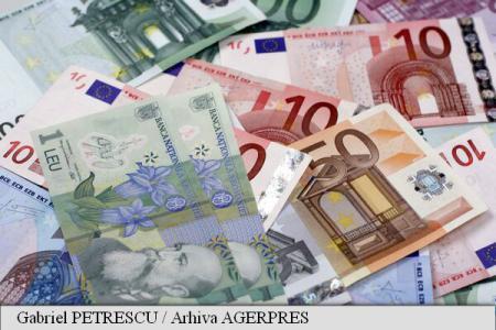 Moneda națională s-a depreciat, luni, în raport cu euro; BNR a anunțat un curs de 4,5859 lei pentru un euro