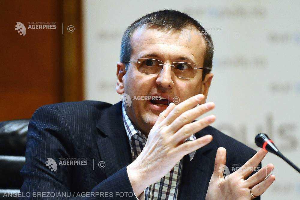 Cristian Preda a cerut audiere publică în faţa Consiliului de onoare al Ordinului 'Steaua României'; solicitarea - respinsă
