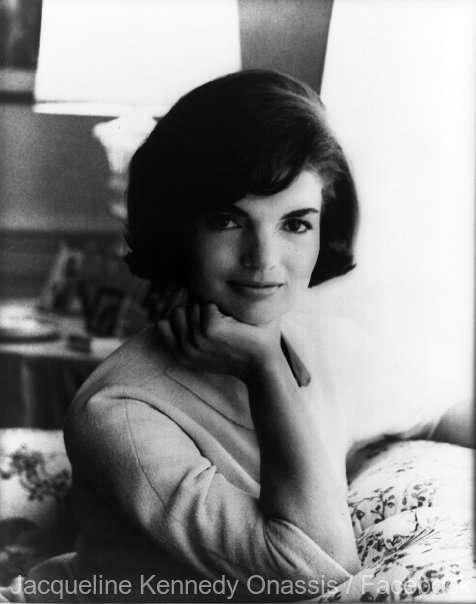 O PERSONALITATE PE ZI: Jacqueline Kennedy