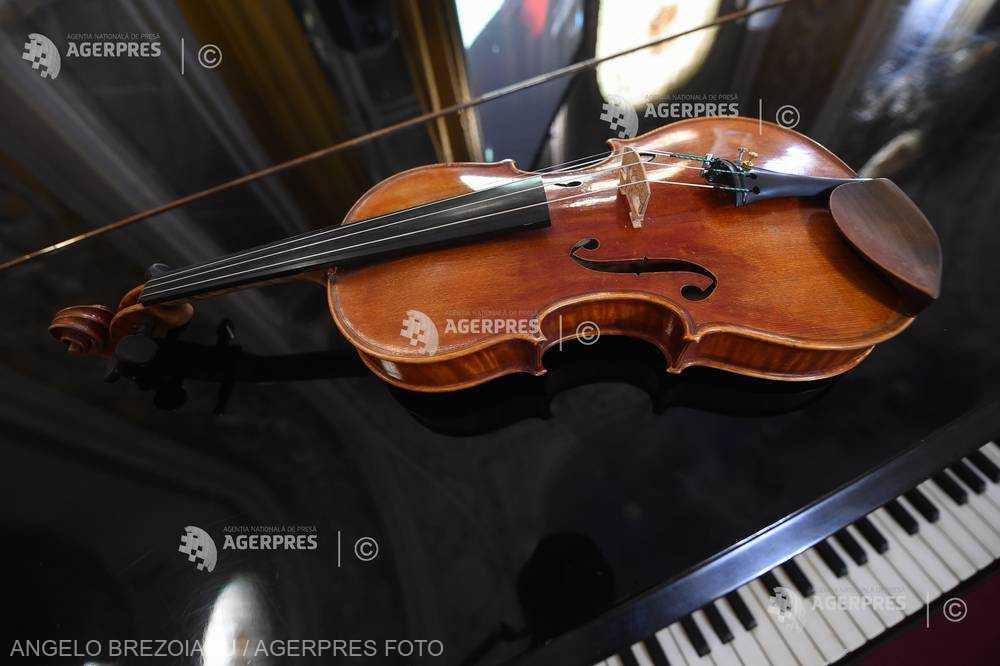 DOCUMENTAR: 20 de ani de la moartea violonistului Yehudi Menuhin