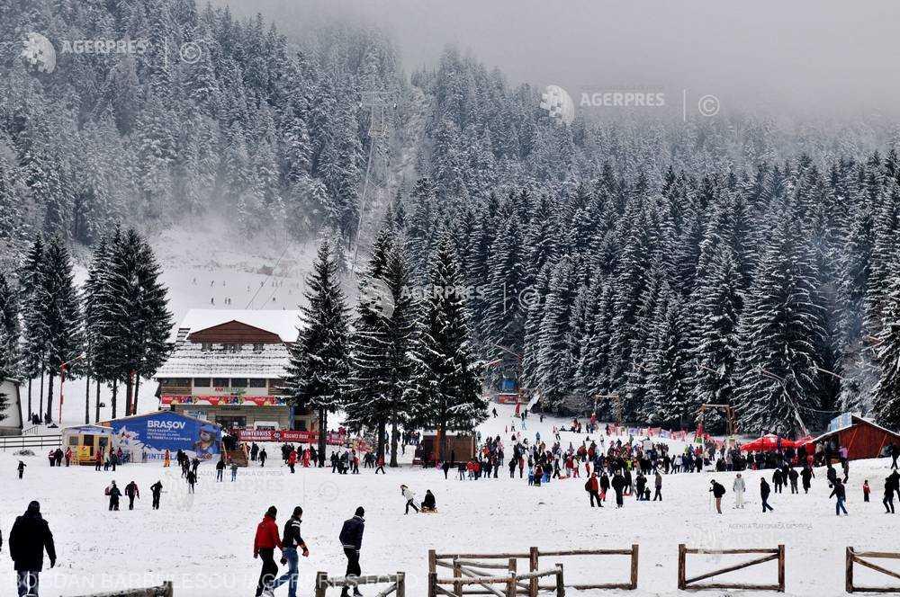 FPTR: Turiştii români au cheltuit în ţară aproximativ 18 milioane de euro în minivacanţa de Craciun