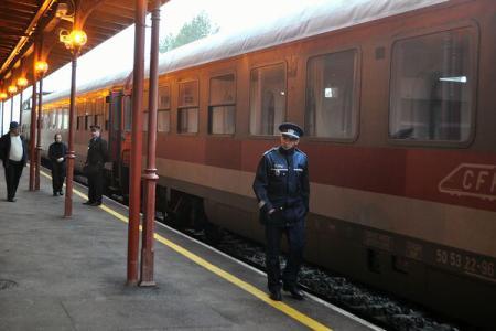 Polițiștii de la DOS l-au chemat pe șeful de tren ca martor