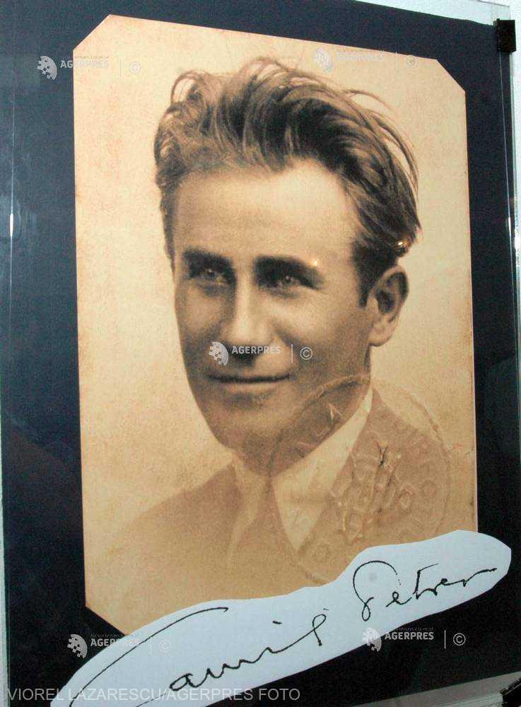 DOCUMENTAR: 125 de ani de la naşterea scriitorului Camil Petrescu