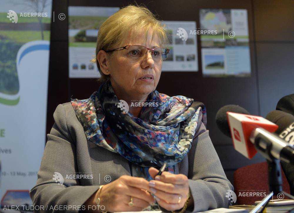 Autorităţile române vor să deruleze proiecte cu Banca Mondială pentru stoparea poluării cu plastic în Marea Neagră