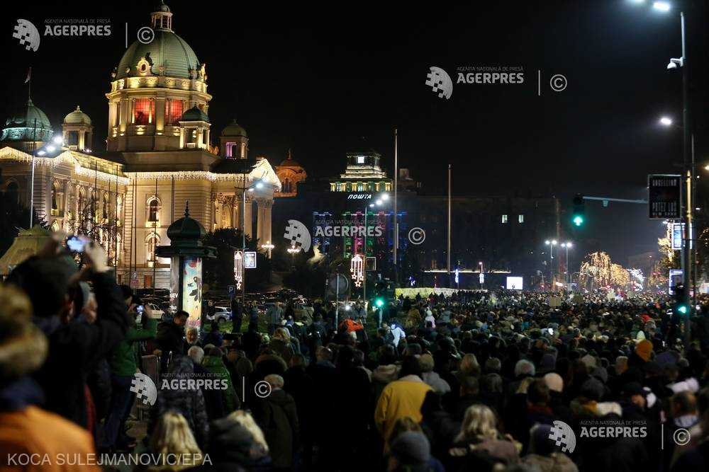 Serbia: Mii de persoane au participat la proteste antiguvernamentale